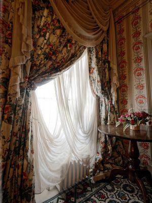 window-740351_1280-1-1